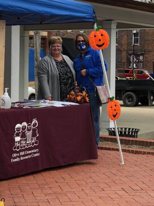 """Kathy Hinkle stopped by our Family Resource Center table at """"It's Fall Y'All"""". Kathy…"""