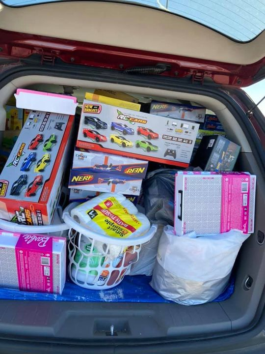 Should have emptied my car that already had 2 boxes and 6 laundry baskets…
